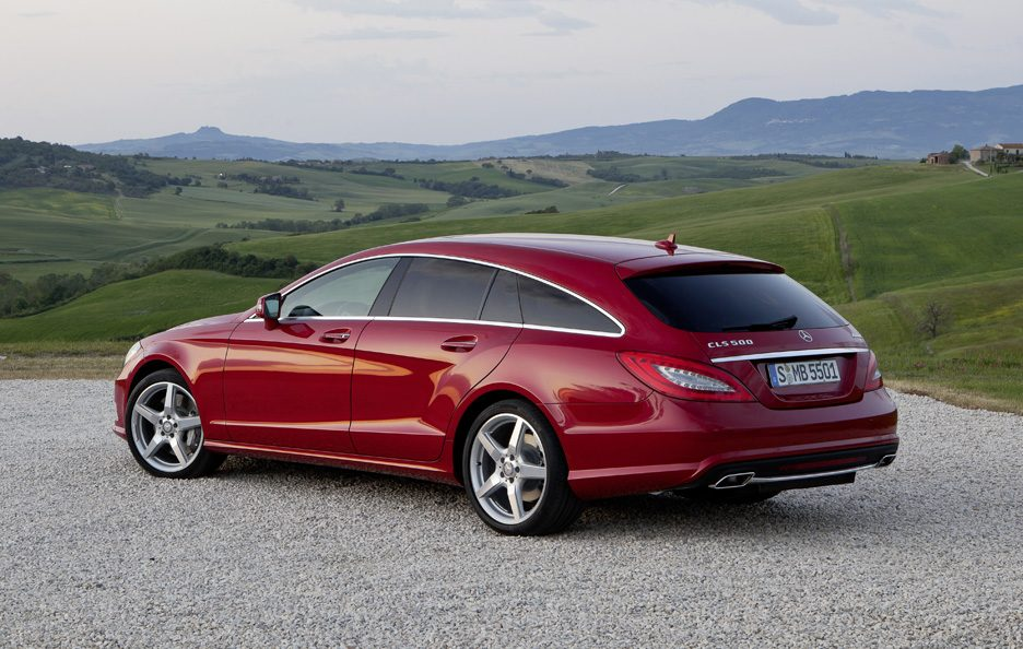 Mercedes CLS Shooting Brake - Red - Profilo posteriore