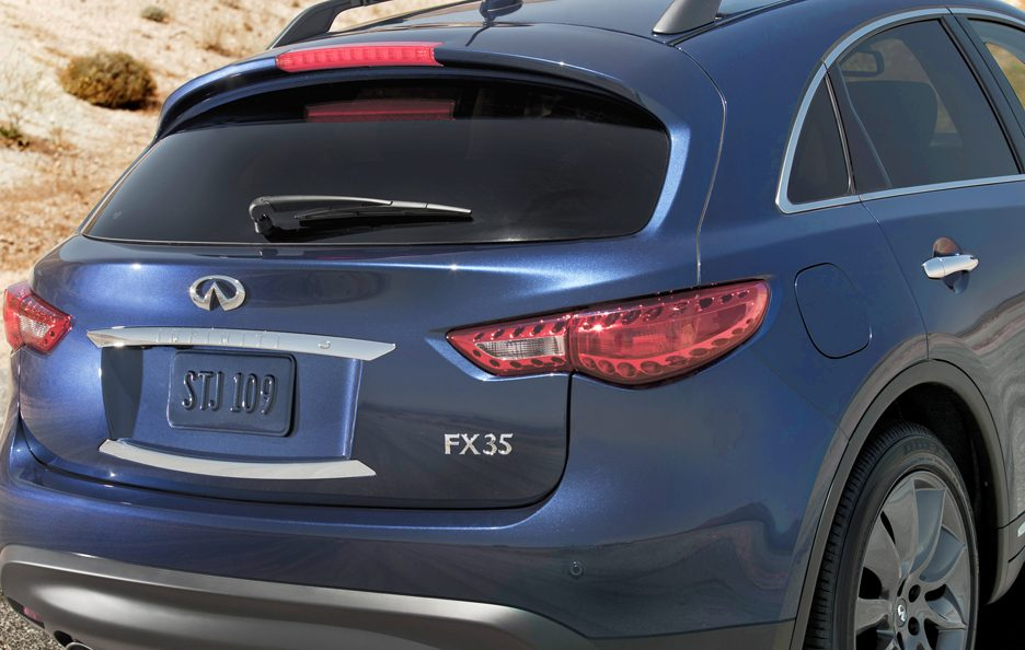 Infiniti FX S51 restyling portellone