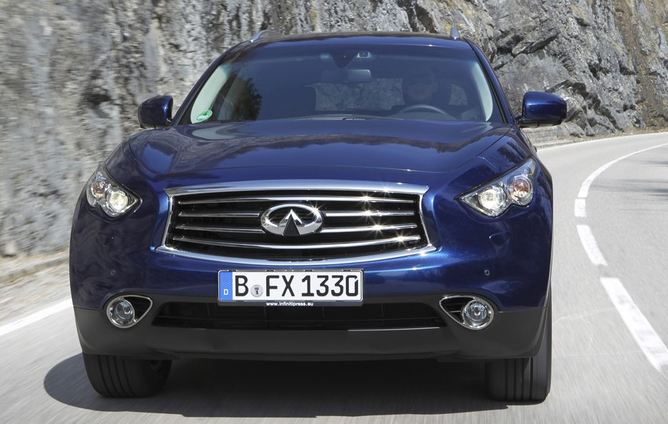 Infiniti FX30d restyling frontale
