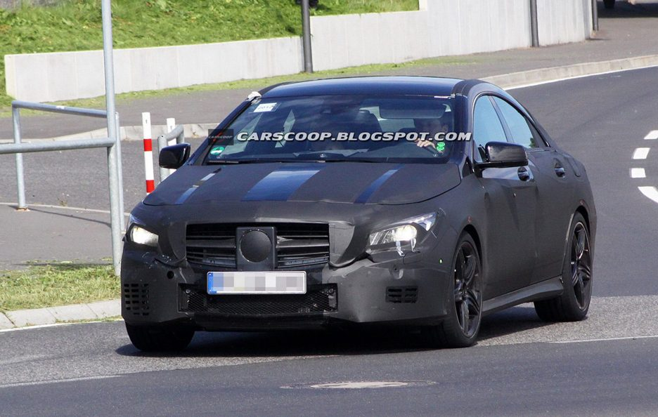 Mercedes-Benz CLA 45 AMG - Frontale