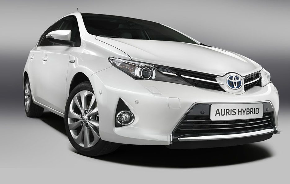 Toyota Auris 2013 - Frontale basso