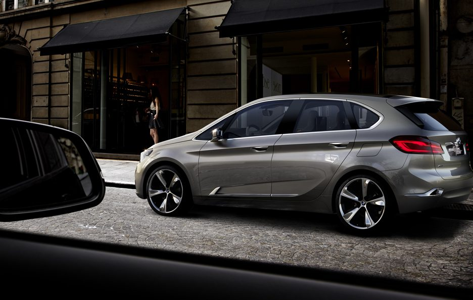 BMW Concept Active Tourer - Linee laterale