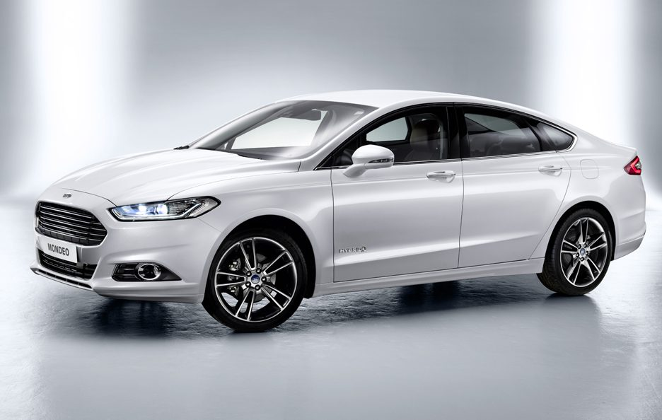 Ford Mondeo 2013 - Linee