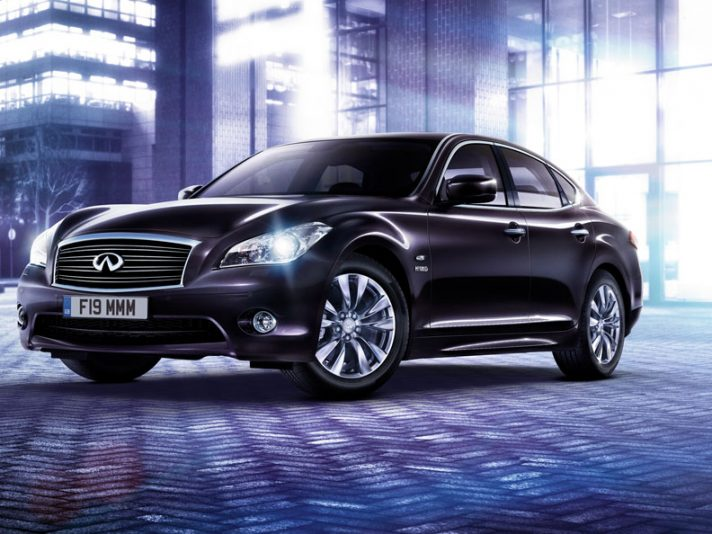 Infiniti M35h: ora anche Business Edition