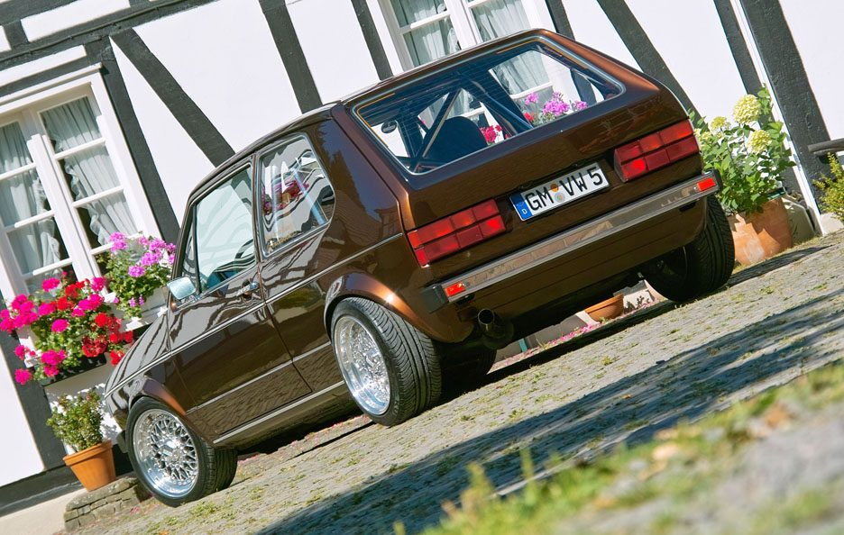 Volkswagen Golf GL del 1983 - Home made Tuning - Linee posteriore