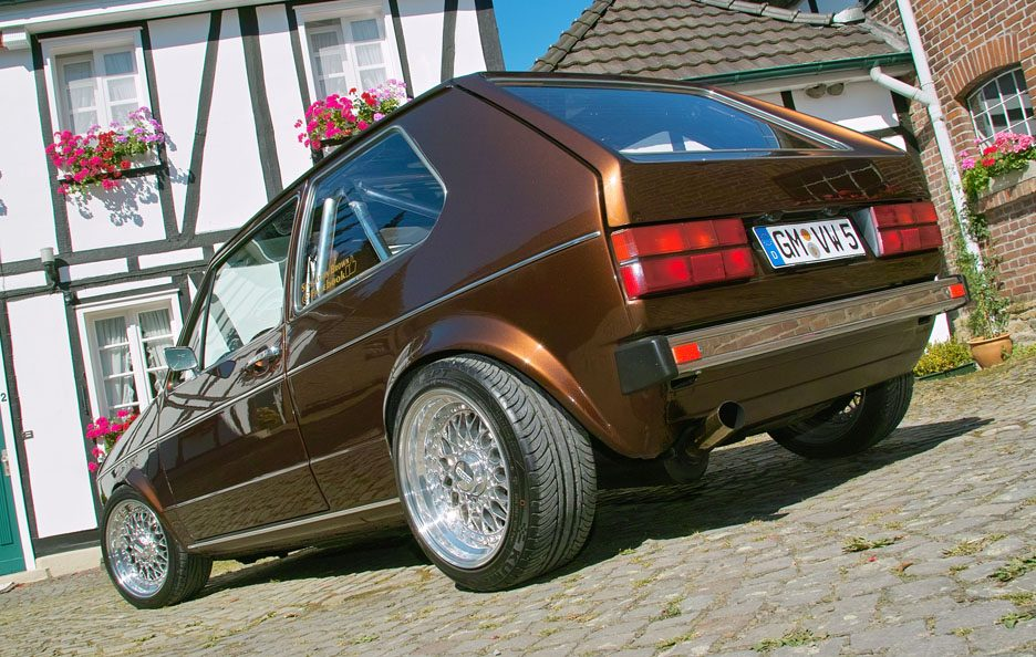 Volkswagen Golf GL del 1983 - Home made Tuning - Posteriore basso