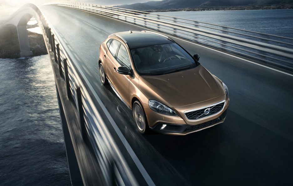Volvo V40 Cross Country - Frontale alto