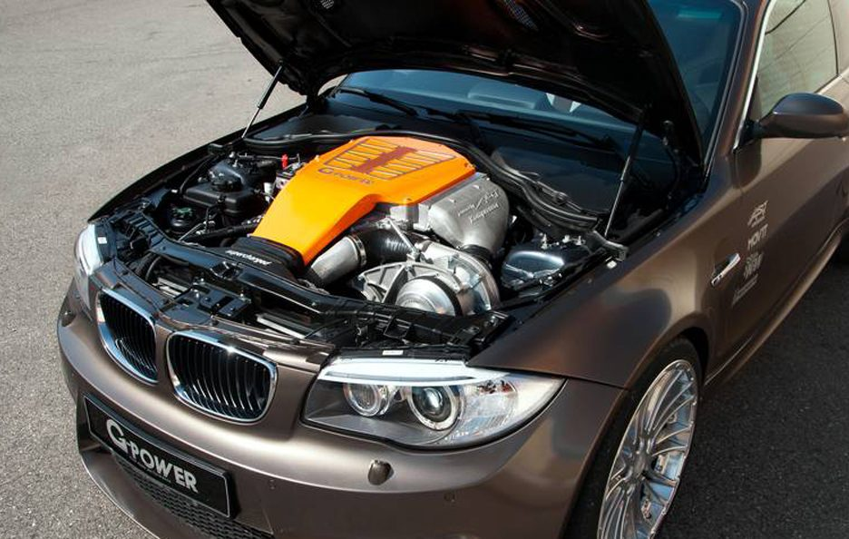 BMW Serie 1 M Coupe by G-Power - Cofano motore