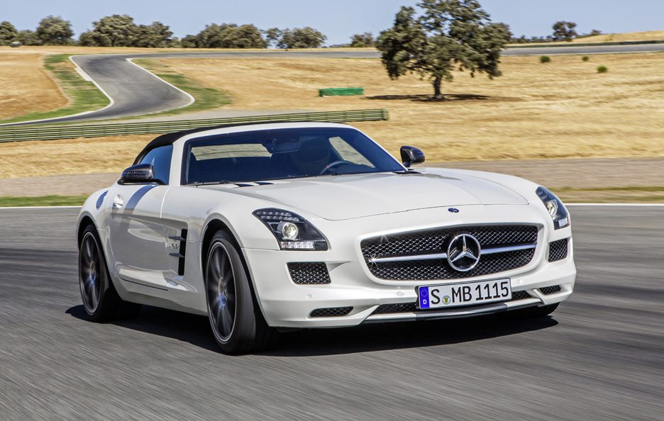 Mercedes SLS AMG GT Roadster - Profilo frontale in motion