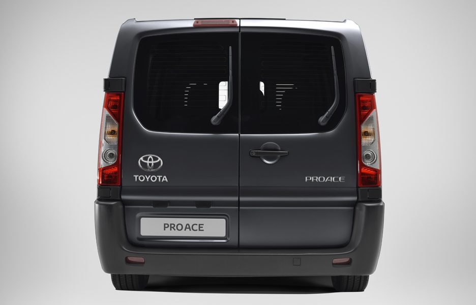 Toyota ProAce - posteriore