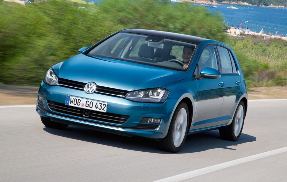 Volkswagen Golf 7 - Frontale in motion