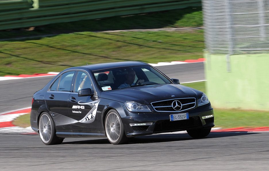 Mercedes C 63 AMG Performance