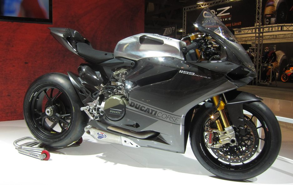 Ducati 1199 Panigale RS 13 2 - EICMA 2012