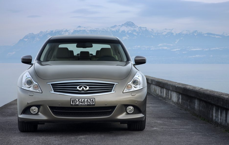 Infiniti G V36 restyling frontale