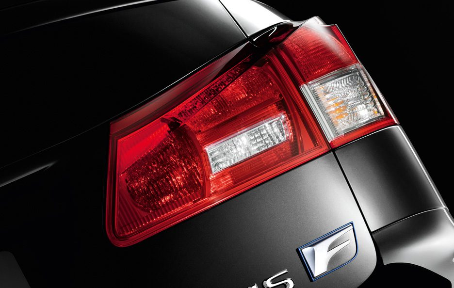 Lexus IS F restyling faro posteriore