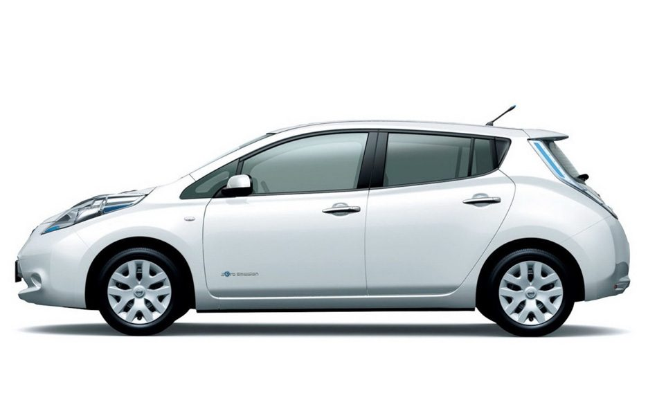 Nissan Leaf 2013 (Giappone) - Il laterale