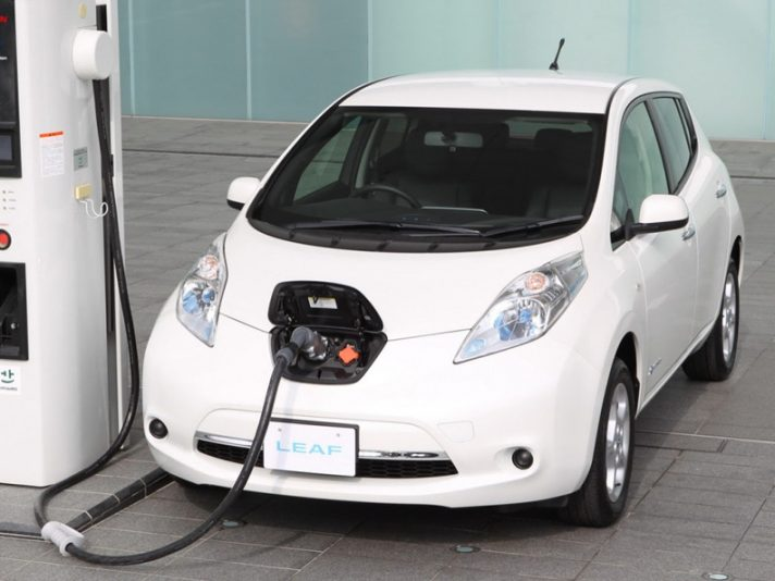 Nissan Leaf 2013 (Giappone) - In carica