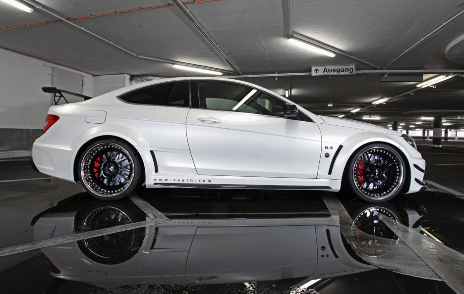 VÄTH V 63 Coupe Supercharged Black Series