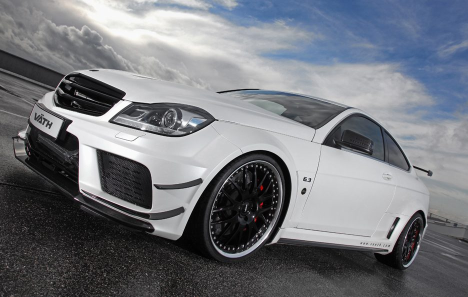 VÄTH V 63 Coupe Supercharged Black Series - Profilo frontale basso