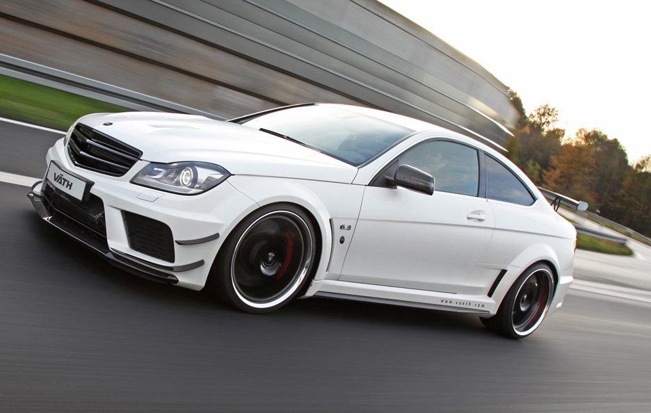 VÄTH V 63 Coupe Supercharged Black Series - Profilo in motion