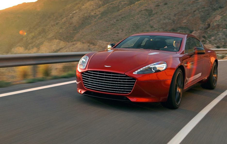 Aston Martin Rapide S - Frontale in motion
