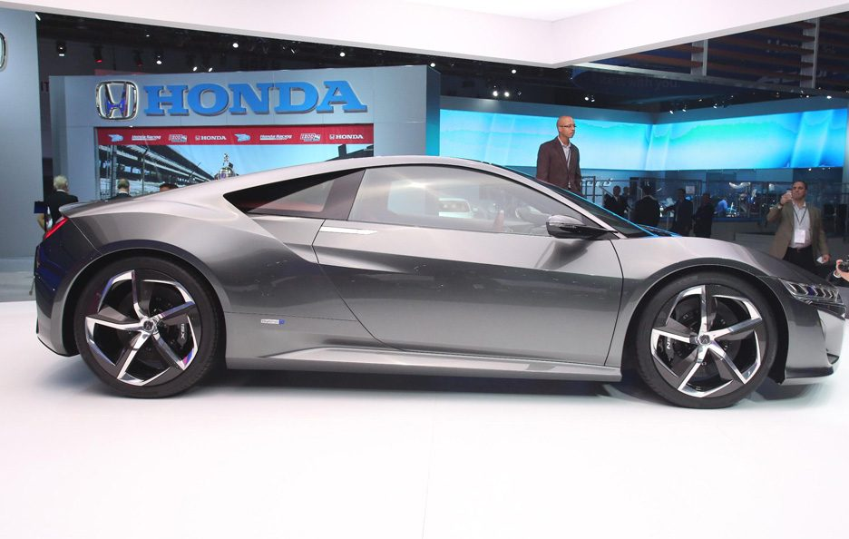 Acura NSX - Detroit 2013 - Laterale