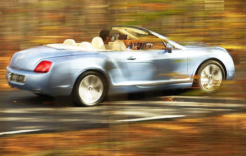 Bentley Continental GTC tre quarti posteriore