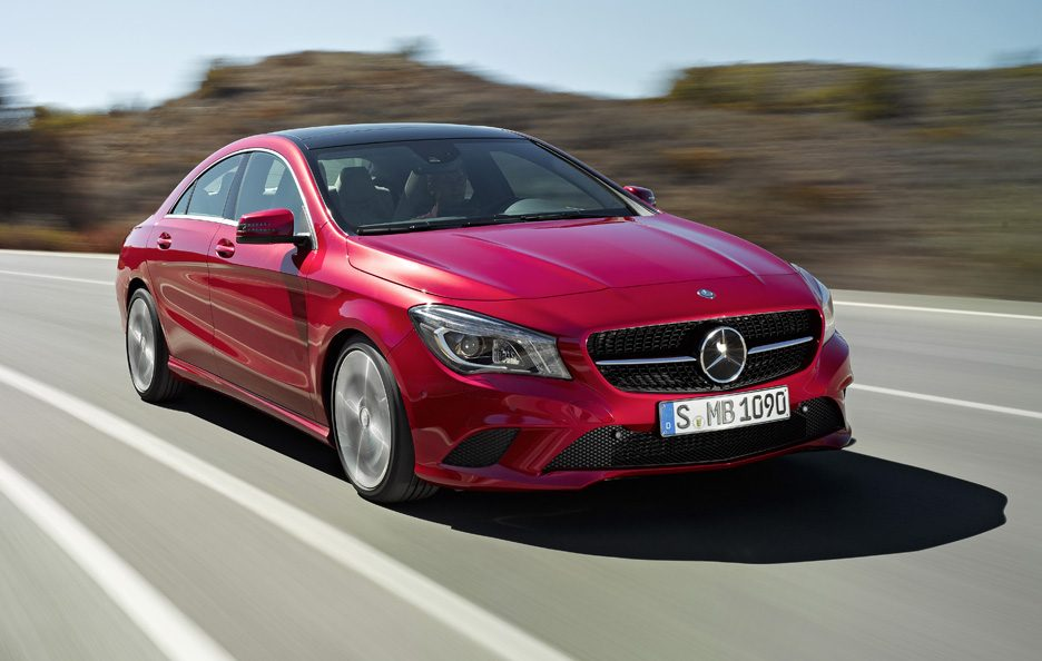 Mercedes CLA 2013 - In motion red