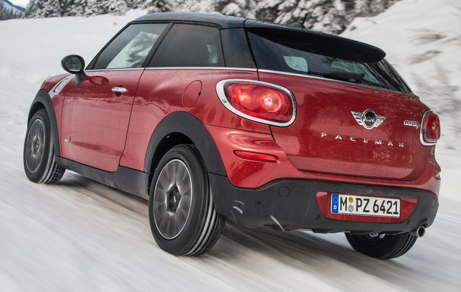 Mini Paceman All4 - Il profilo posteriore in motion