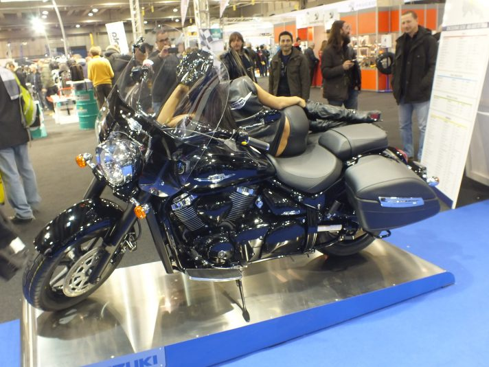 Motor BIke Expo 2013 - Suzuki Intruder C1500T