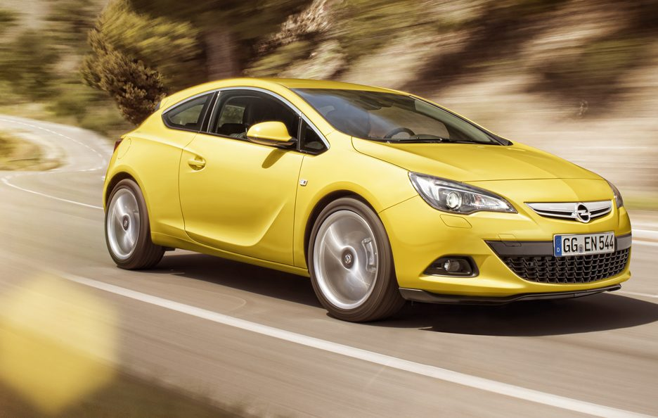 Opel Astra GTC 1.4 T 120 CV Cosmo (70 punti)