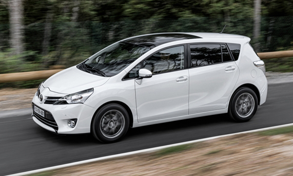 Toyota Verso - laterale