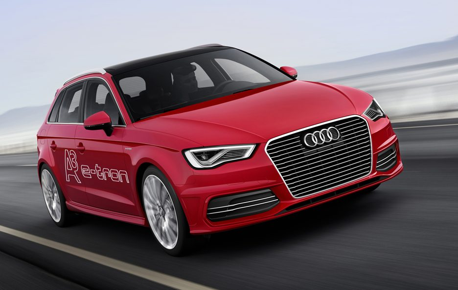 Audi A3 E-Tron - Frontale in motion