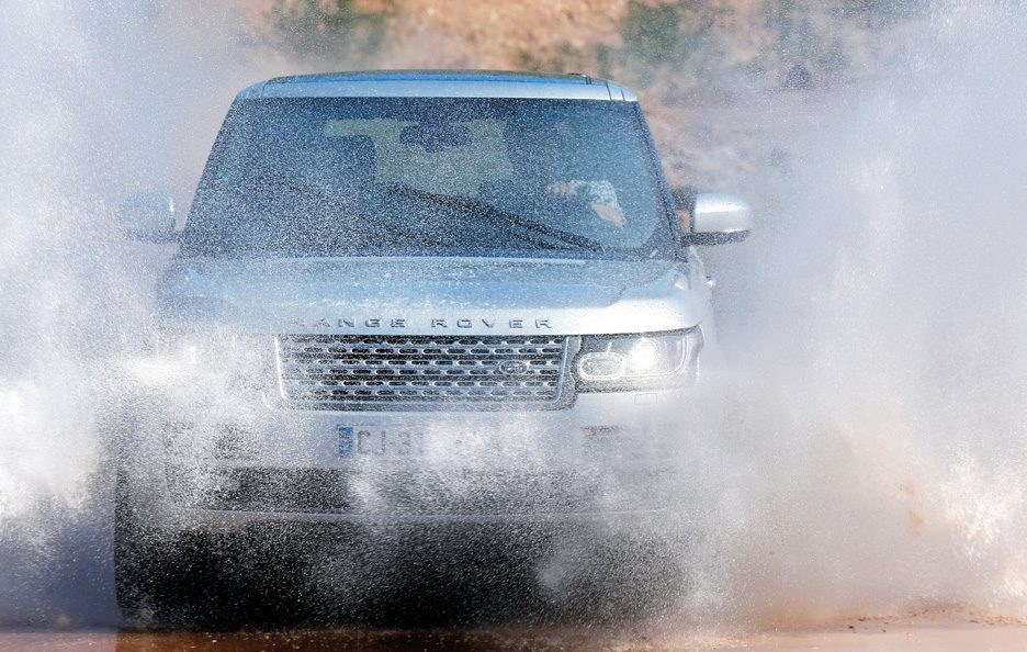 Land Rover Range Rover frontale