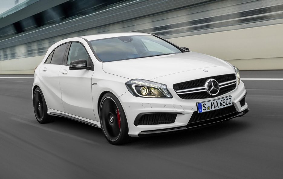 Mercedes A45 AMG - Il frontale in motion