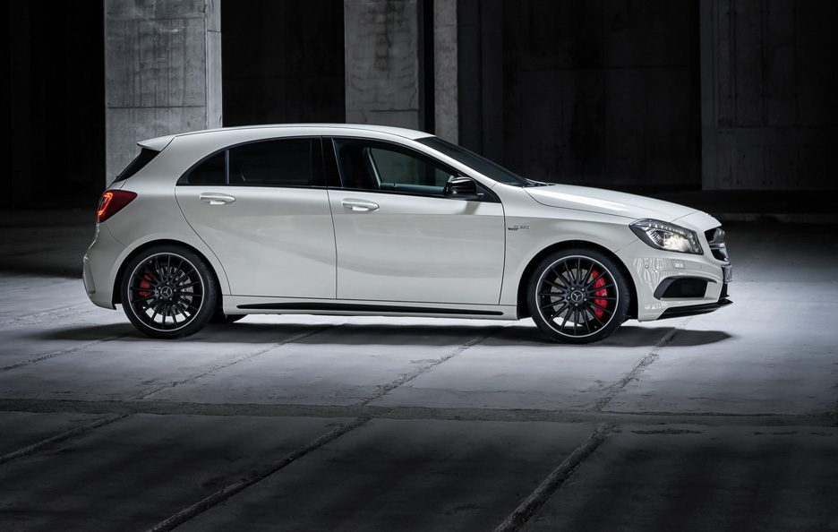Mercedes A45 AMG - Laterale
