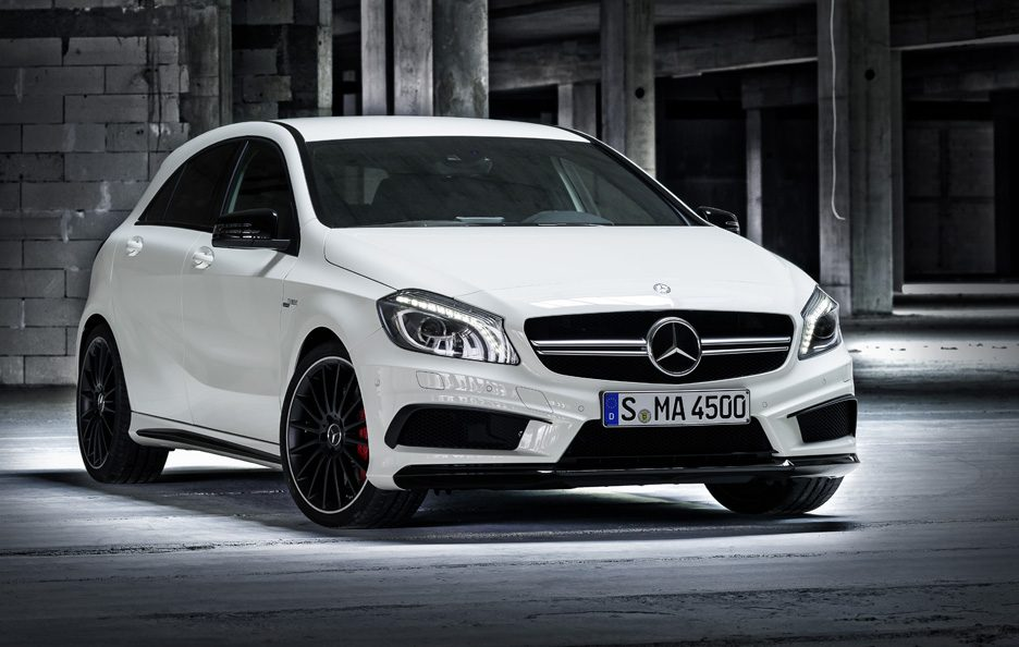 Mercedes A45 AMG - Linee