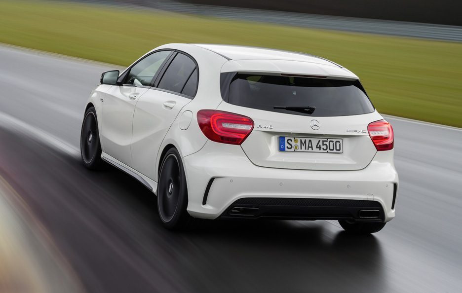 Mercedes A45 AMG - Posteriore in motion