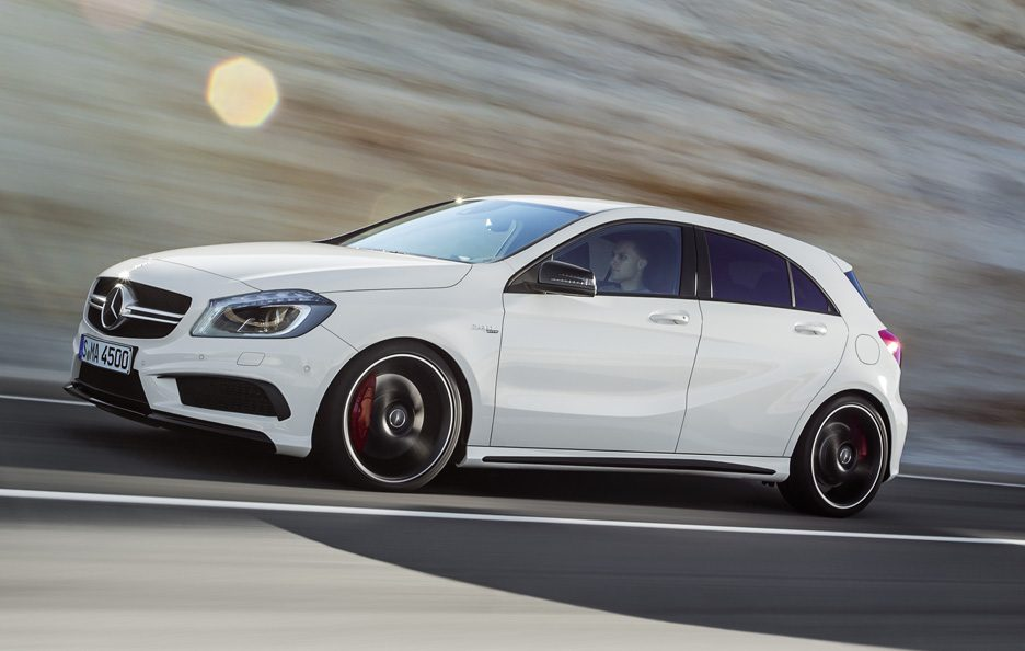 Mercedes A45 AMG - Profilo in motion