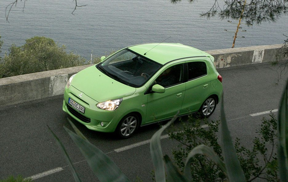 Mitsubishi Space Star vista dall'alto
