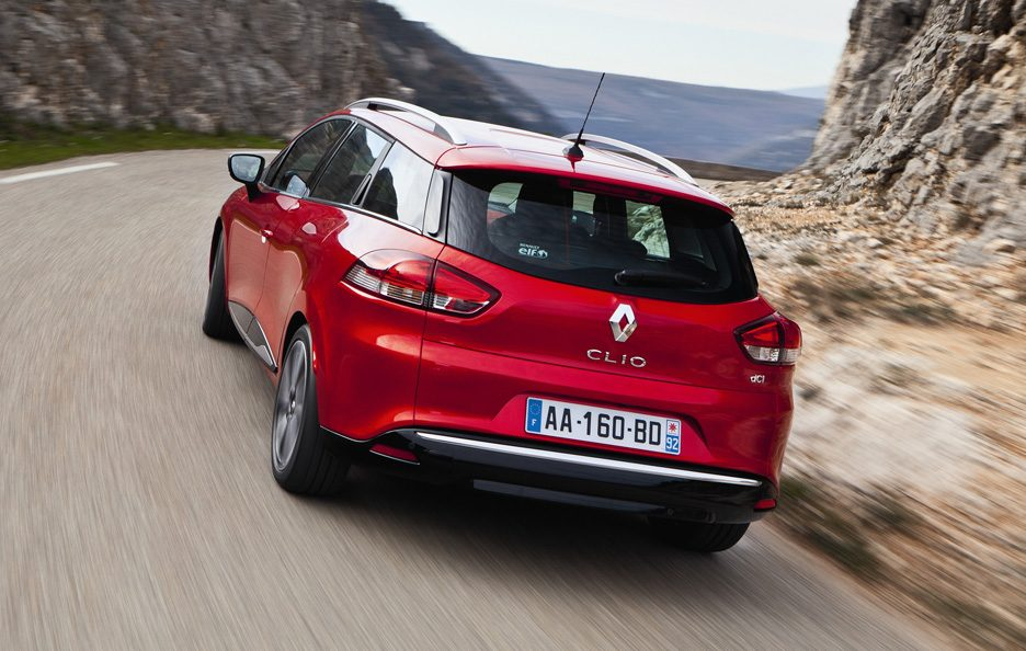Renault Clio Estate 2013 - Posteriore in motion
