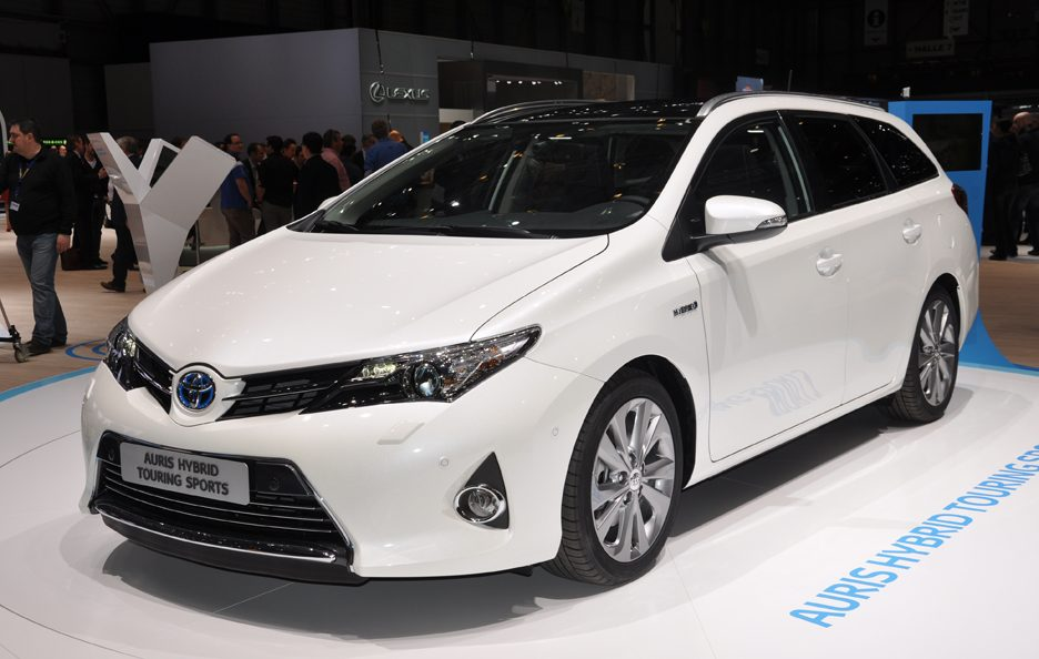 Toyota Auris Hybrid Touring Sports - Design - Ginevra 2013