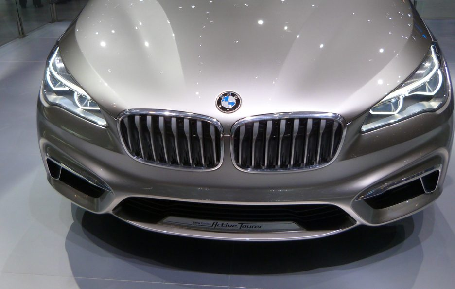 BMW Concept Active Tourer frontale - Ginevra 2013