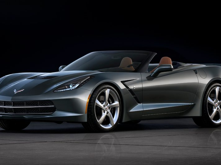 Chevrolet Corvette Stingray Convertible - Capotte aperta