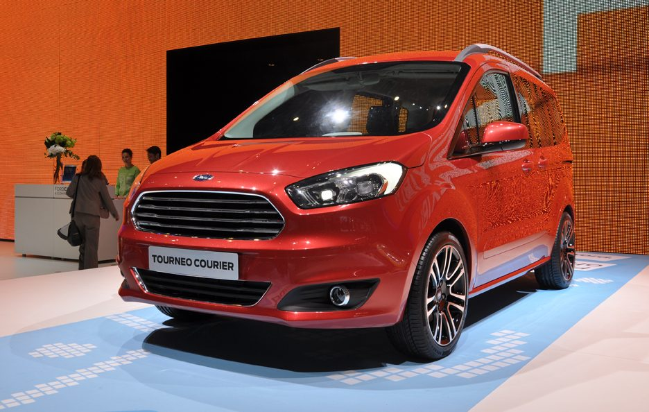 Ford Tourneo Courier - Frontale - Ginevra 2013