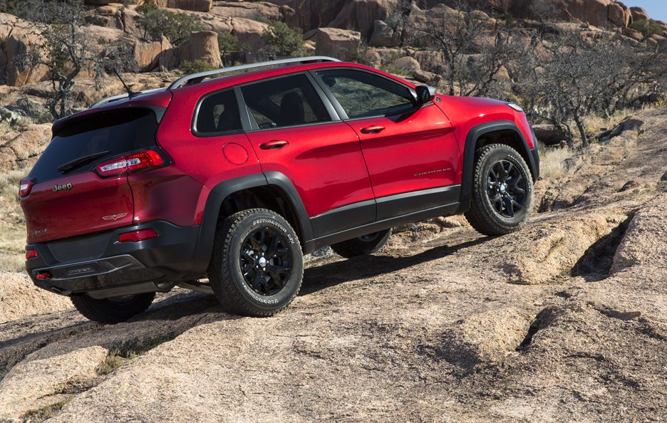 Jeep Cherokee 2014 - Sulle rocce