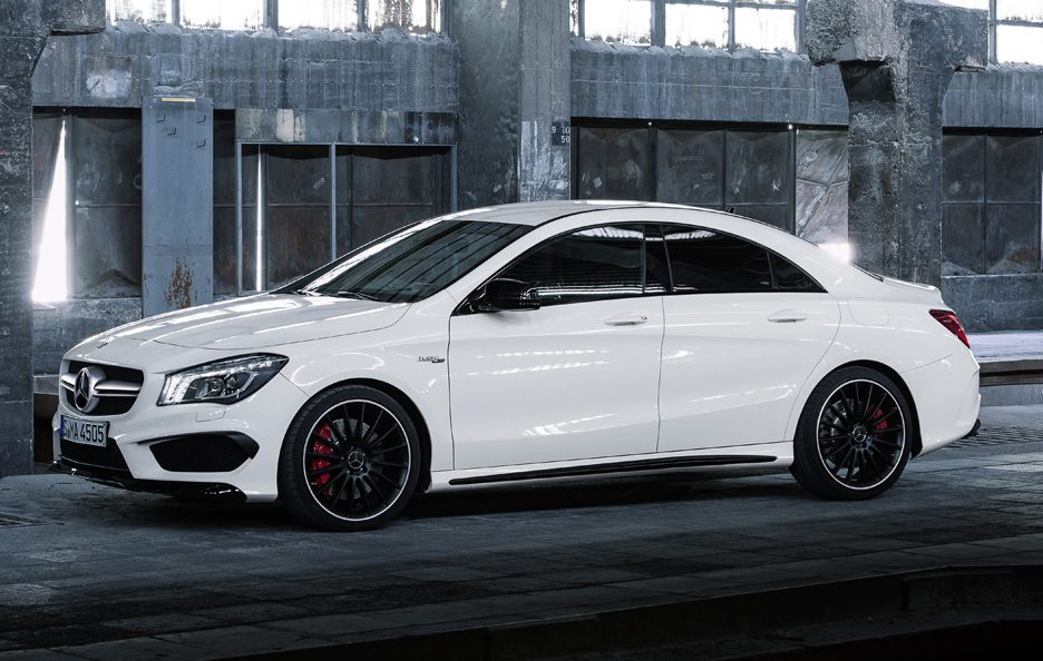 Mercedes CLA 45 AMG - Il laterale