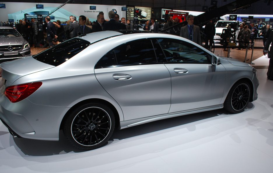 Mercedes CLA - Linee laterale - Ginevra 2013