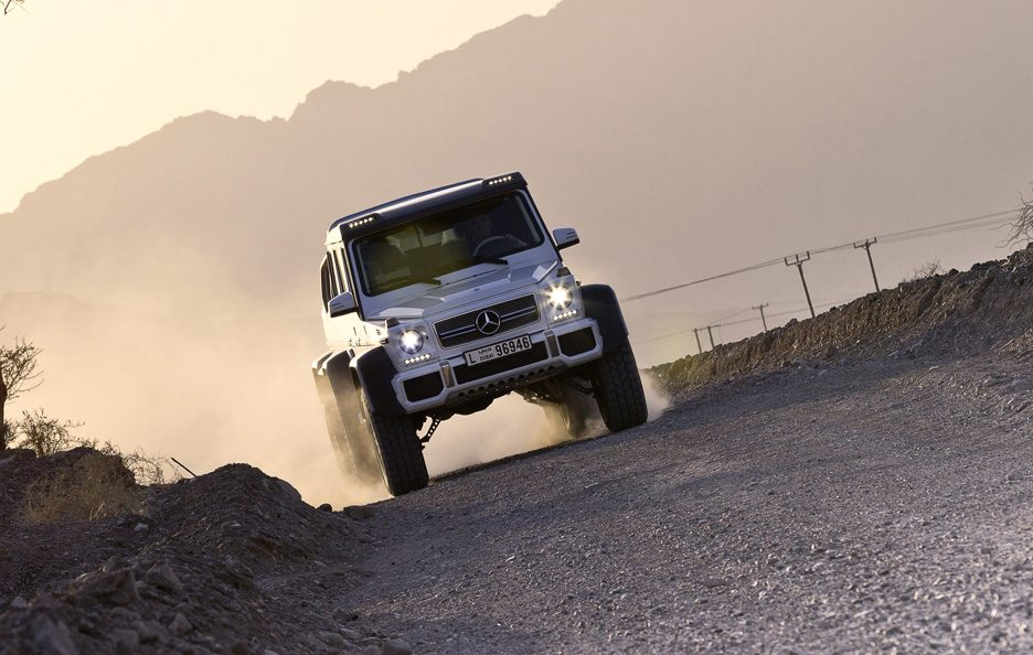 Mercedes G 63 AMG 6x6 - Anteriore in motion