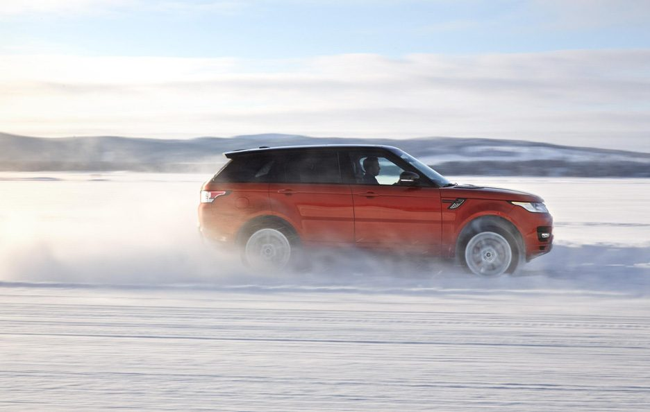 Range Rover Sport 2013 - Laterale in motion